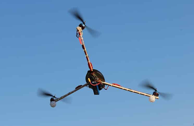 Tricopter Versus Quadcopter