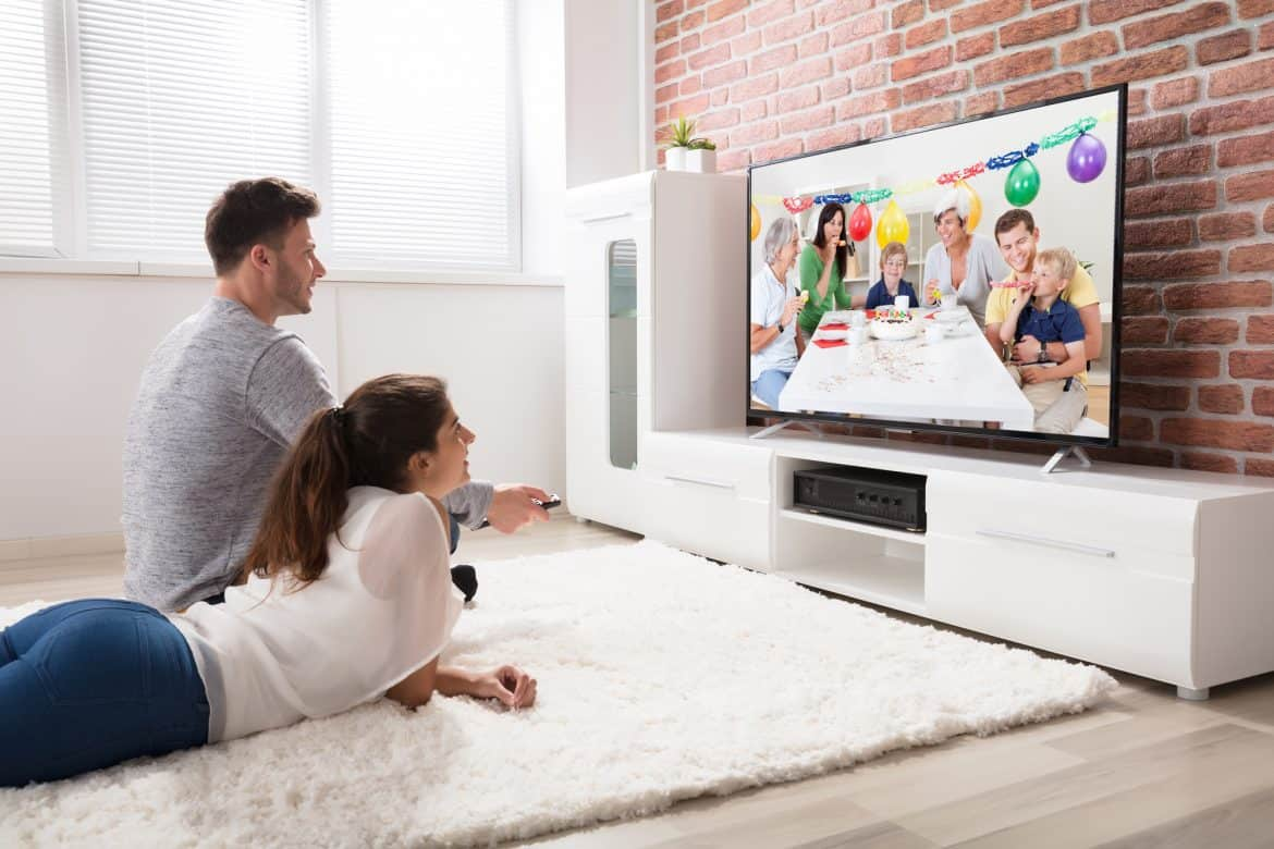 Top 5 Ways To Enable Internet Connection to TV Without Built-in WiFi