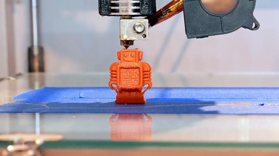 3d printer printing a toy