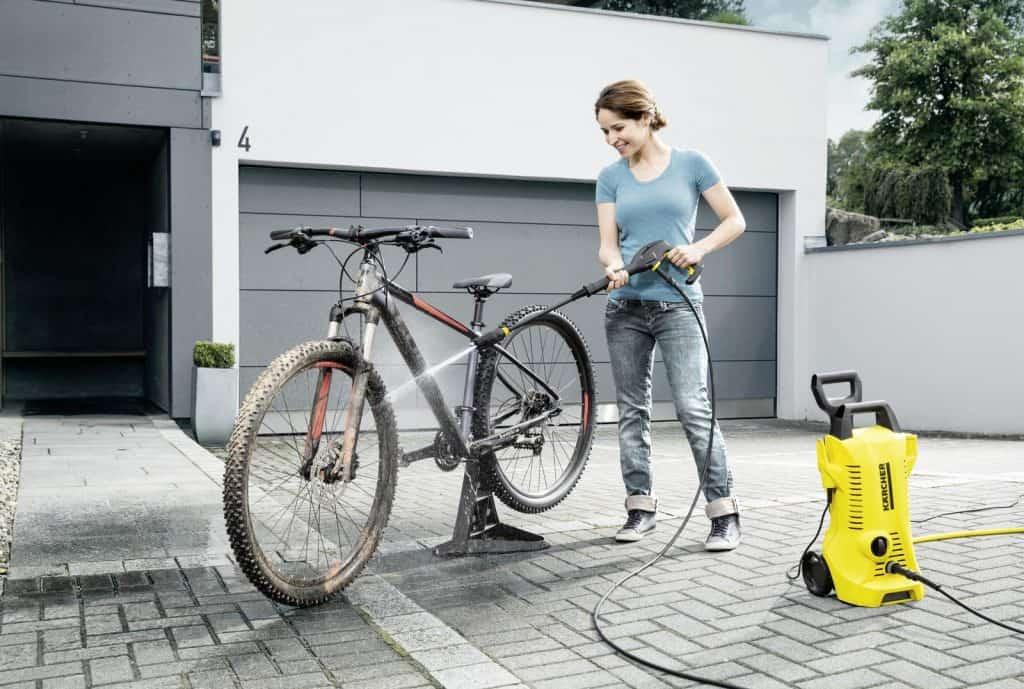 pressure-washing-a-bike