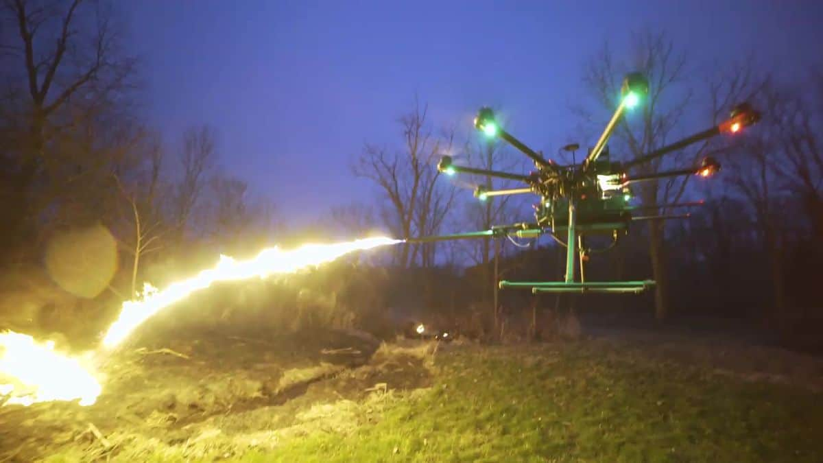 DJI s1000 throwing flames