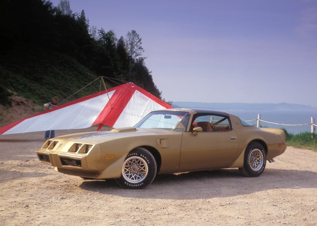 Smokey and The Bandit​ 1977 Pontiac Trans Am