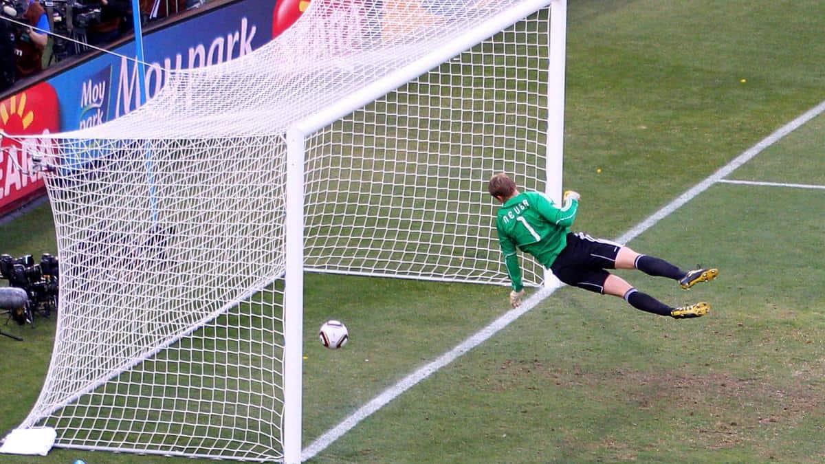 Frank Lampard Goal 2010