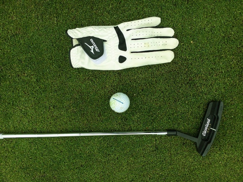 Best Golf Gloves Buying Guide