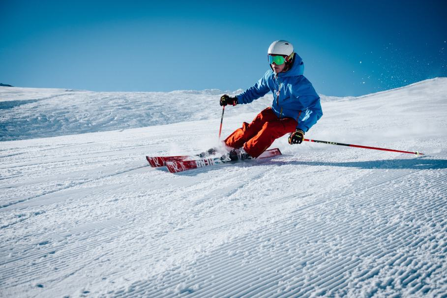 Best Ski Gloves Buying Guide