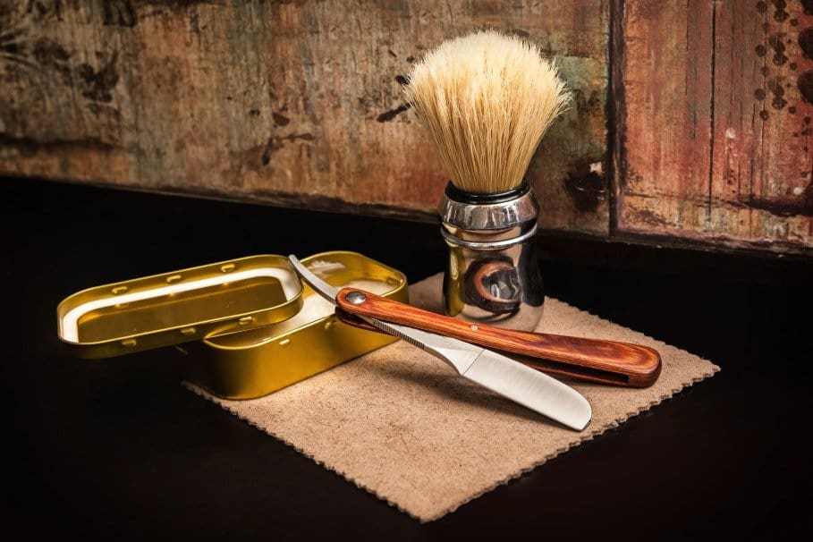 straight razor advantages